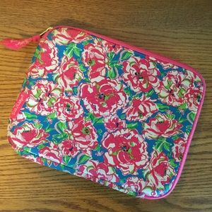 Lilly Pulitzer IPad/tablet case Floral Pink